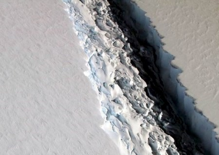 Antarctic Larsen Ice Shelf 2