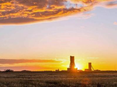 BHP Jansen at sunset