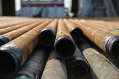 drilloing pipe oil